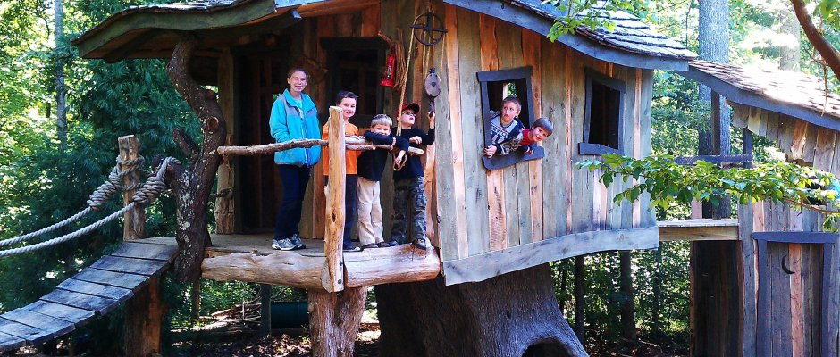 Creative Garden Spaces Inc, Oak Ridge NC, tree house, custom woodwork, playspace
