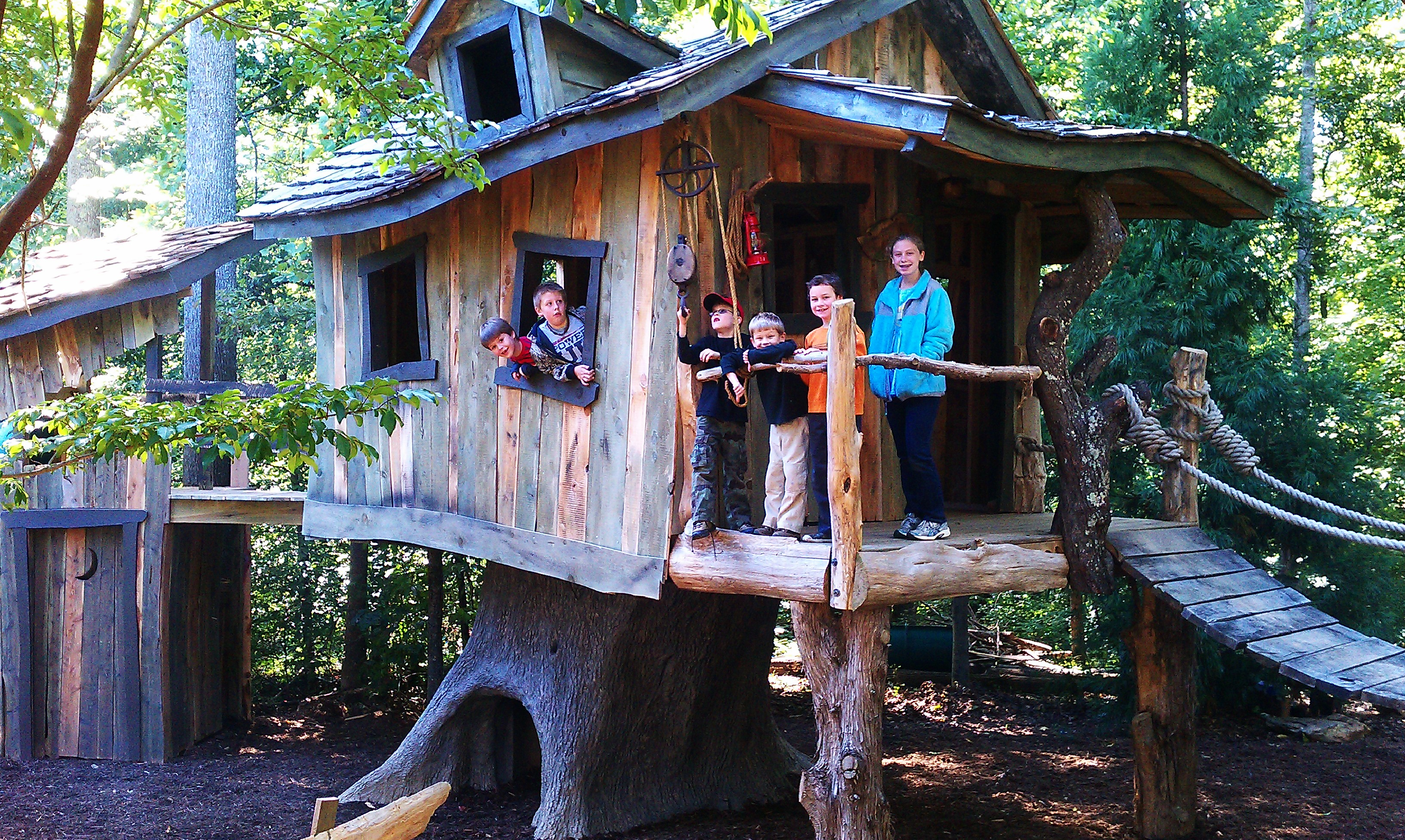 Creative Garden Spaces Inc, Oak Ridge NC, custom tree house construction, playspace, custom play area, custom woodwork